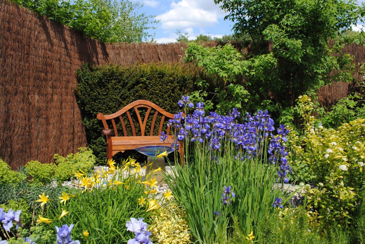 Dise o de jardines archives jardines con alma for Jardines grandes