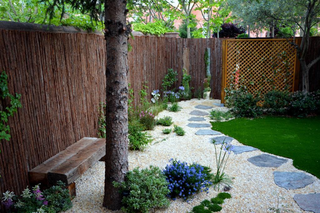 El antes y despu s de un peque o jard n jardines con alma for Paisajismo jardines fotos