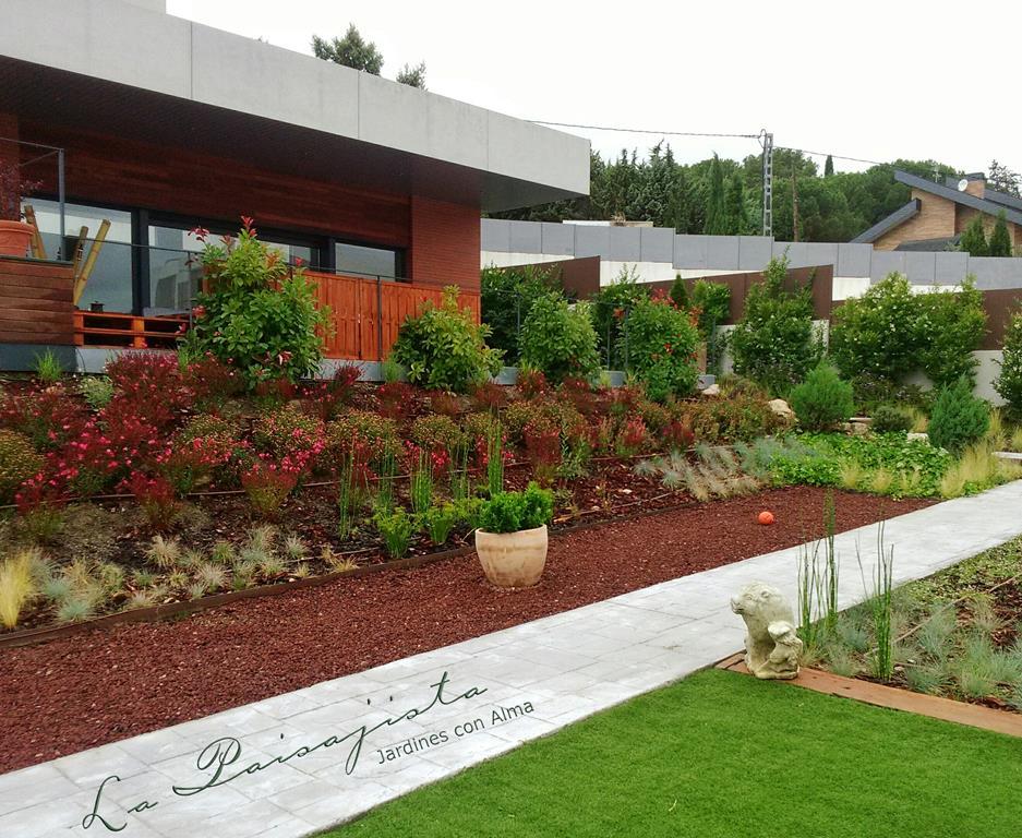 Aviso sobre nuestros jardines jardines con alma for Paisajismo jardines fotos
